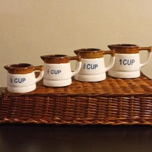 Measuring Cup Set - Four Pieces